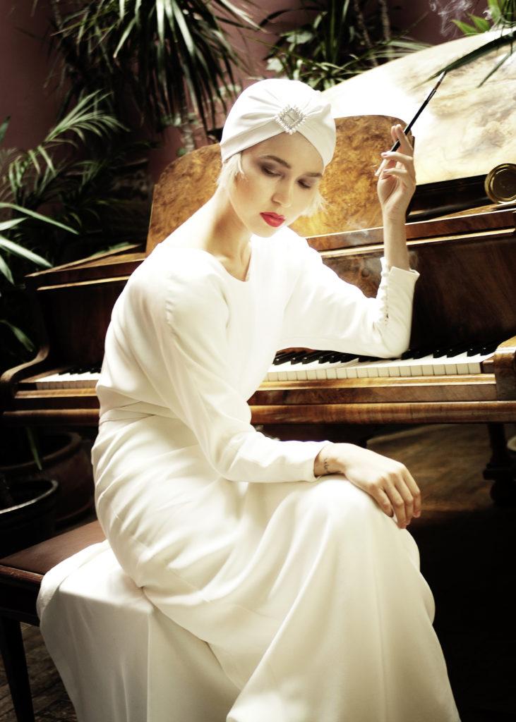 DSC8819ret 731x1024 - Wedding portraiture and fashion  photography workshop course