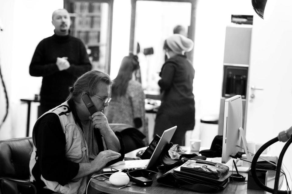 Contact portrait photographer Bruce, Contact