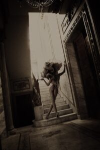Classy nudes portrait fine art nudes photographer