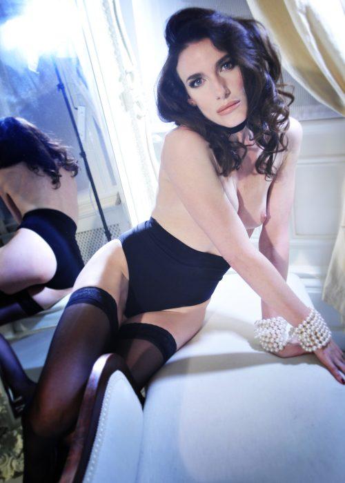 BCS2278ret o1a9k48fhr7snrpw81fqbuskukk23u4ch52j0ypw0o - Paris boudoir and nudes portrait photographer