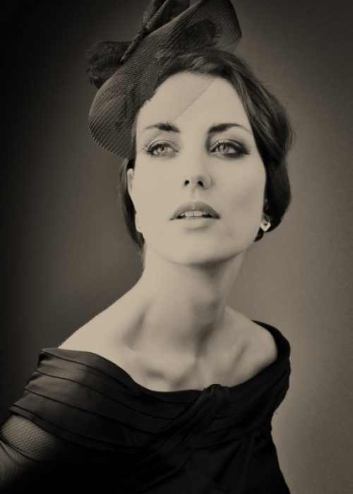 Celebrity Portrait photography by portrait photographer in France session can be arranged in Bordeaux, Paris, Monaco or London. Slide 13