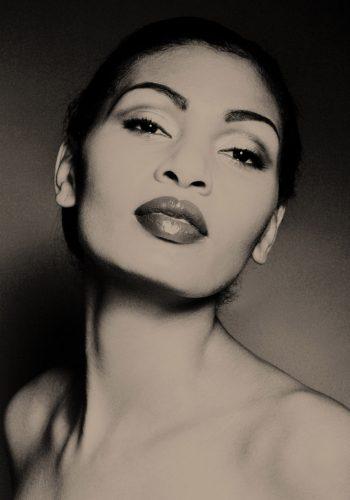 BCS 9166retsml o1abetu0poch05wovywjcukqv47brx5d6w9fyctoug - Boudoir portrait photographer