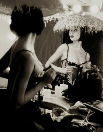 Femme Fatal Gallerysmller 1 o1q3itio9dkm9zkugf1tkb2bgppt2o5bs4076v6u50 - Portrait photographer in Bordeaux Monaco Paris London