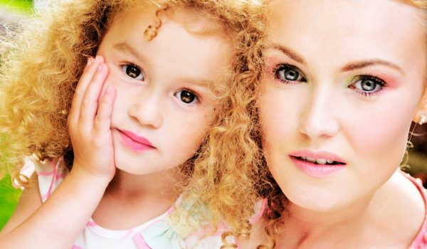 mother-and-daughter-portrait-photographer