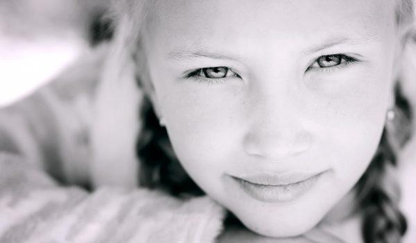 Children's portrait photographer on the cote d'azur